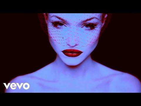ivy-levan-the-dame-says-lyric-video-ivylevanvevo