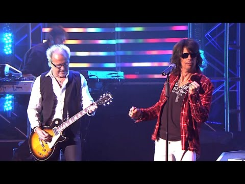 foreigner-double-vision-2010-live-video-hd-nea-zixnh