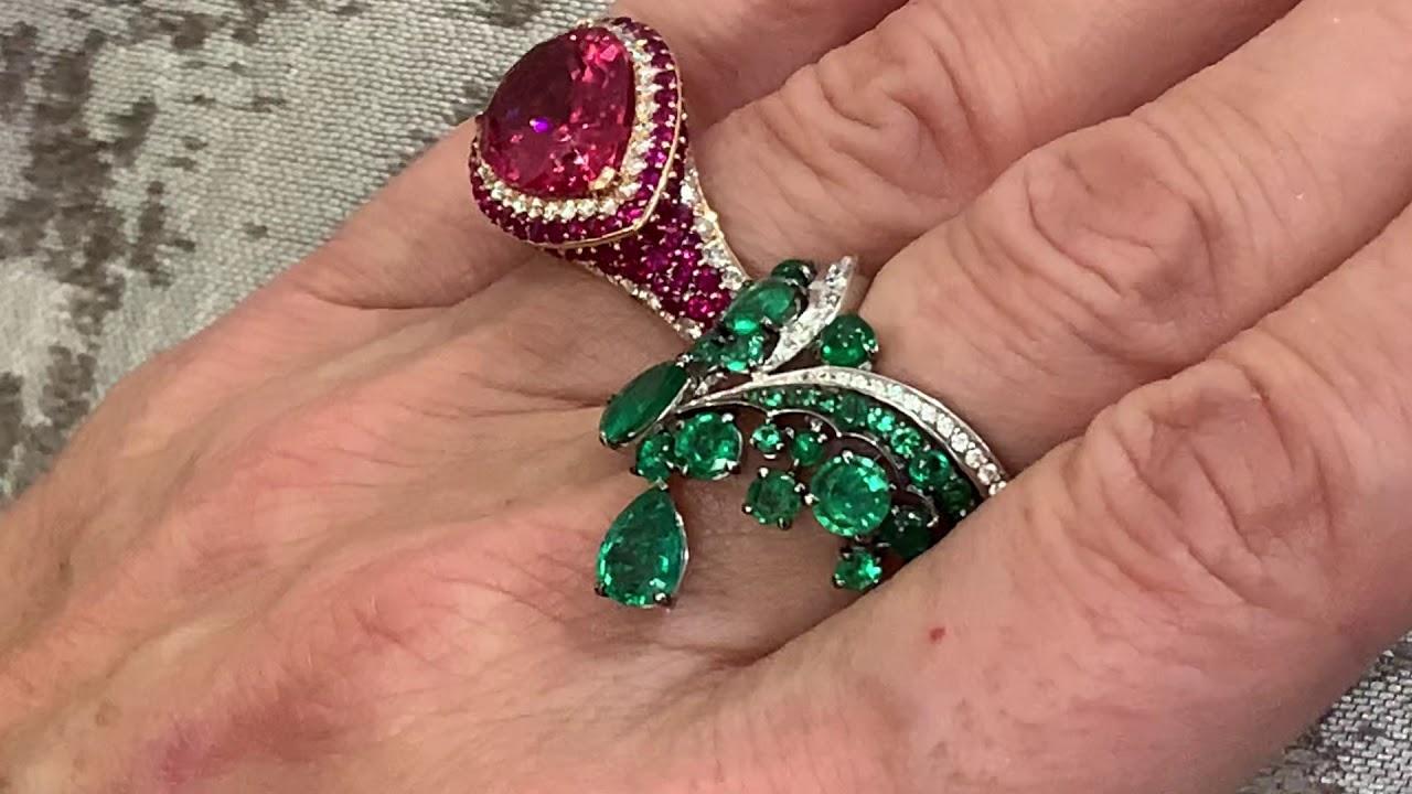 The latest creations from London based jewellery designer, Vanleles