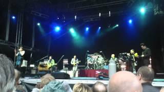 Joe Bonamassa and Beth Hart live in Bergen 2013