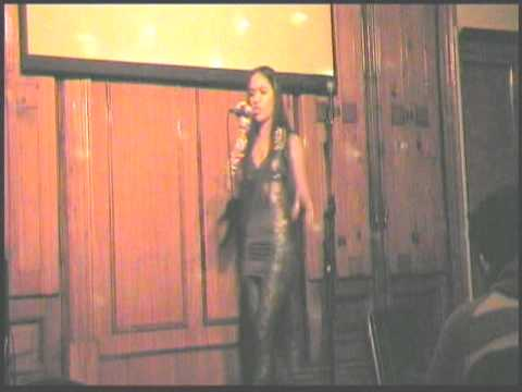 Solange Retamar – Ni rosas ni juguetes – Live/ En Vivo