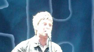 Noel Gallagher's High Flying Birds - Supersonic - Marlay Park 23/08/2012