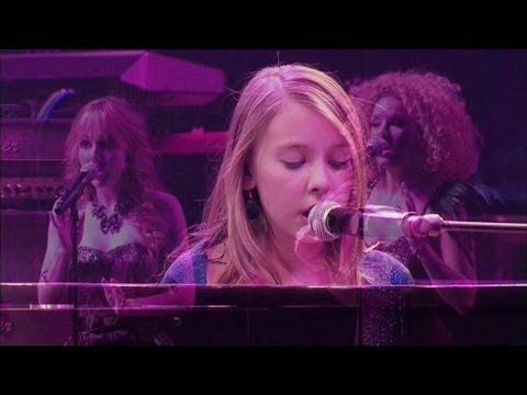 anna-graceman-the-colosseum-so-complicated-live-2011-anna-graceman