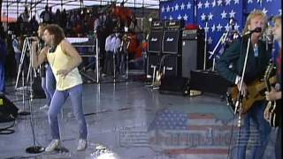 Foreigner - Hot Blooded (Live at Farm Aid 1985)