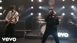 Kasabian - Vevo Off The Record: Kasabian - Ill Ray (The King) - (Live)
