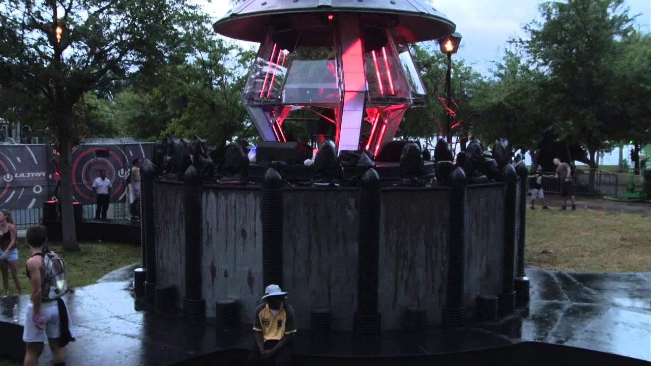 Guy J играет на Ultra Music Festival