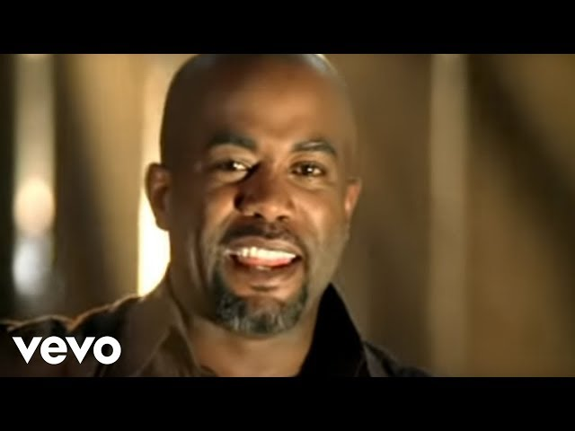 "Vídeo de ""Don't Think I Don't Think About It"" de Darius Rucker"