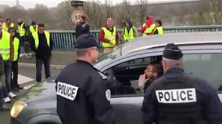 Compilation - Gilets jaunes ( police, débordement )