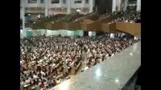 Um culto na maior igreja celular no mundo, Seul, Coreia