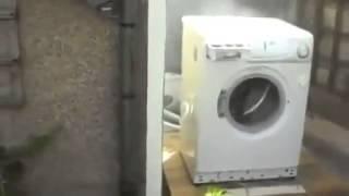 Harlem Shake maquina de lavar na maior agitação