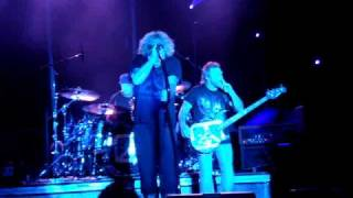 Chickenfoot - Oh Yeah [Live in Lignano 2009]
