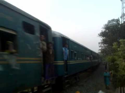 Bangladesh Railway Rocket Mail Train video on Poradah Junction Station.mp4