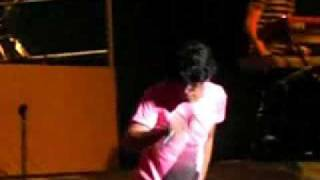 JB CONCERT PUERTO RICO - PUSHING ME AWAY LIVE
