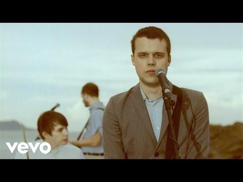Holy Ghost En Español de White Lies Letra y Video