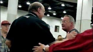 Jim Cornette expulsado de una convención tras discutir con Santino Marella