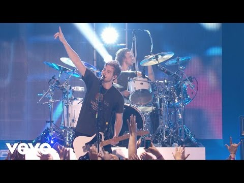 5-seconds-of-summer-what-i-like-about-you-vevo-certified-live-5sosvevo