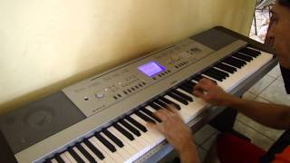 ADALBERTO GEDRO TOCANDO PIANO,