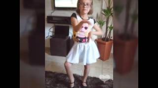 Ana livia dançarina