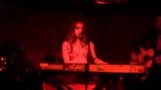 Debi Nova En Vivo -Live Acoustic 'Drummer Boy'
