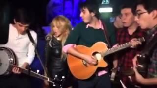 Paulina Rubio ft. Morat - Mi Nuevo Vicio (Acoustic Version)