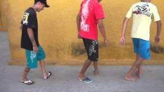 BoB Samuel e Yuri Nu passinho Do Reggae