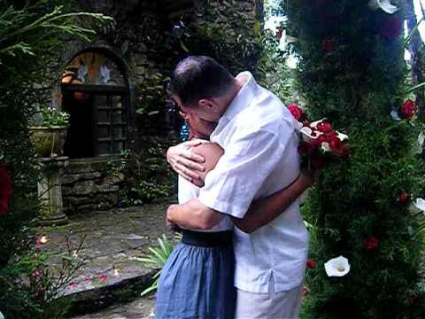 Nicaragua trip May 2010—proposal at Selva Negra.avi