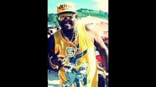 MC MAX - ELA SABE OQUE FAZ ( MUSICA NOVA LANÇAMENTO 2013 )