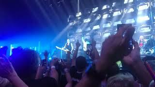 Calogero feat. Passi - Face à la mer @ Accorhotel Arena (5 juin 2018)