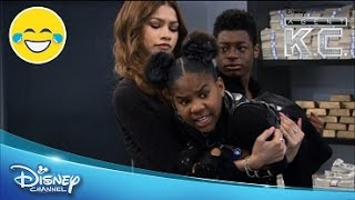 Enfermé | L'Agent K.C. | Disney Channel BE