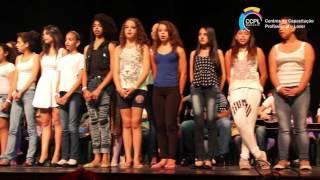 Apresentação de Canto e Coral - Música 'Como Zaqueu'