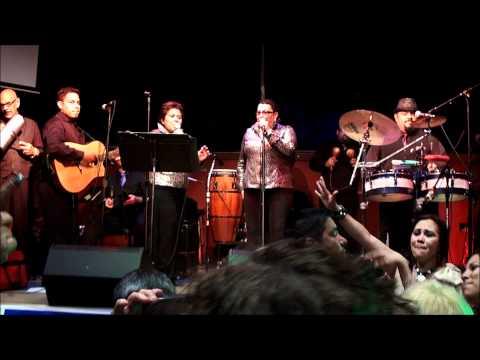 Orquesta Son de Caña y Harmonia Latina Cristina y Marlene