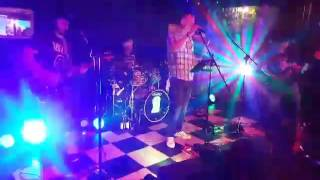 HOT ROCK THE DOG LIVE AUGUST 2016 MOLLY'S CHAMBERS