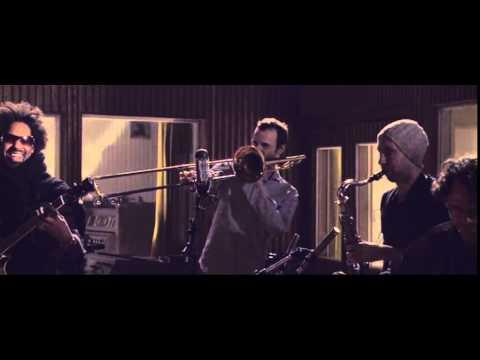 jazzanova-let-me-show-ya-funkhaus-sessions-official-video-jazzanovachannel
