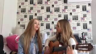 Giovanna Chaves e Júlia Gomes cantando Firework
