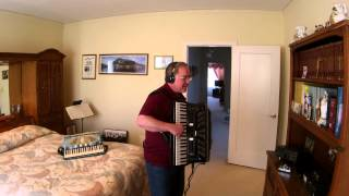 It's Now Or Never ( O Sole Mio )  Mario Muschi -- Accordion