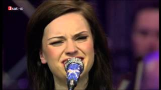 Amy Macdonald & The German Philharmonic Orchestra - 12 - Dancing In The Dark -  17.10.2010