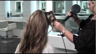 Tips From Professionals: Loose Curls by Sylvie