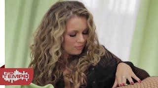 Enela feat. Iggie Q - Un poco loca █▬█ █ ▀█▀ (Official video 2014)