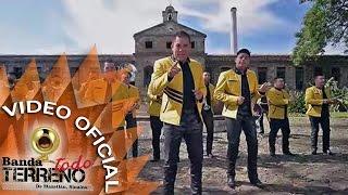 Banda Todo Terreno- Te Quedo Grande Mi Amor (Video Oficial)