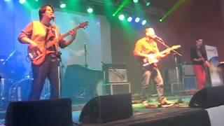 """BAJO PERFIL en """"Rock + Vida"""" - Gral. Cabrera (24/08/2013) - 3.  Hoja de papel"""