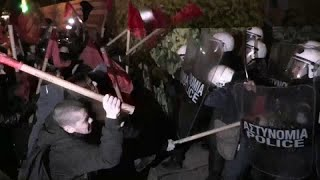 Athen: Linksradikale protestieren gewaltsam gegen Merkel-Besuch