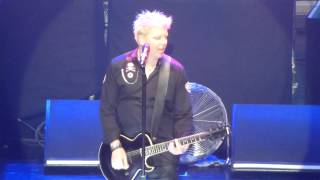 The Offspring - Pretty Fly (For A White Guy) - Manchester Apollo 2015