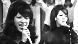 Ronettes - Big TNT Show - CA - November '65 - clear audio!