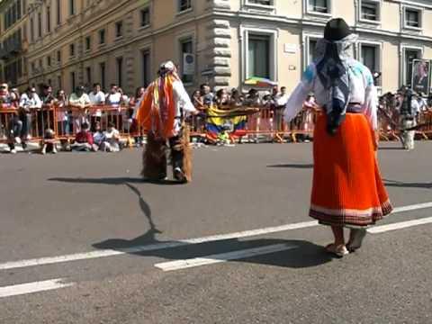 Desfile por el 10 de Agosto en Milano (Italia) 2