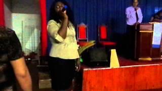 cantora daniela cristina/sacrificio de adoração