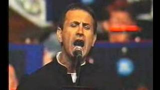 Dalaras - S' agapo giati ise orea (live, 2001)