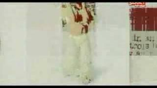 Náksi Vs Brunner - Mindenki (Video Clip - Bp Parádé 2005)