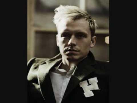 mr-hudson-hung-over-pop-song-straight-no-chaser-bonus-erin9208
