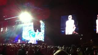 Eminem - I Need a Doctor Live in Melbourne 1st December 2011