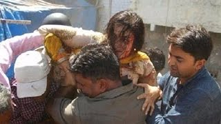 BJP MP Poonam Madam Injures After Falling Into a Drain width=